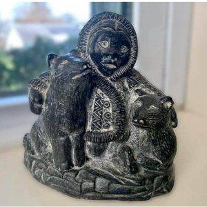 A WOLF ORIGINAL Carved Soapstone Figure Hand Made In Canada - Eskimo